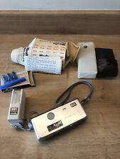 Vintage Minolta 16 Modelo P Subminiatura cámara con flash y bombillas Raro duofit