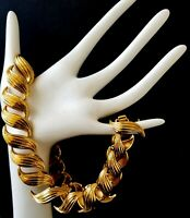 Vintage classic necklace NAPIER textured links 16'long retro style gold tone