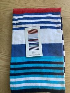 """Beach towel 28"""" X 60"""" New,  Blues and red stripes Pattern"""