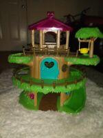Li'l Woodzeez Family Treehouse Play Set