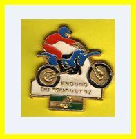 Pin's lapel pin pins MOTO Bike Pilote Rally Cross Raid ENDURO DU TOUQUET 92