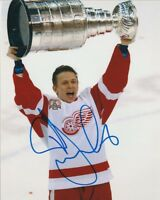 IGOR LARIONOV SIGNED DETROIT RED WINGS 2002 STANLEY CUP 8x10 PHOTO! Autograph