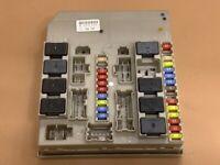 boitier fusibles UPC BSM BSI  CLIO 3 MODUS 194747
