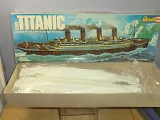 "VINTAGE REVELL PLASTICA (Unmade) KIT modello n. 0445 ""RMS Titanic"" VN MIB"