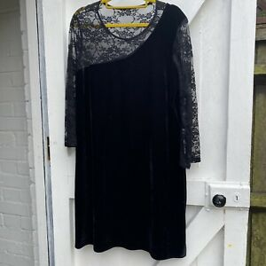 Ladies Black Velvet Lace Stretch Gothic Vamp Dress Size 16/18
