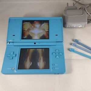 Nintendo DSi Teal Blue - incl Charger & Metroid Prime Hunters Demo - VGC