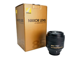 Nikon AF-S Nikkor 85mm f/1.8 G Lens