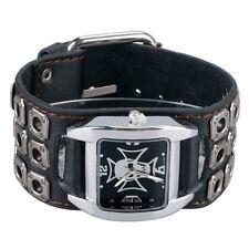 MONTRE PUNK TETE DE MORT- bracelet clouté cuir large- MOTAR-ROCK-GOTHIQUE-BIKER