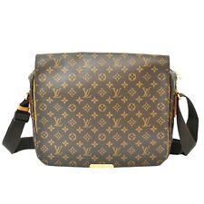 Authentic Louis Vuitton Monogram Shoulder Crossbody Bag Messenger Valmy GM Men