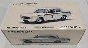 AUTOART 1:18 FORD CORTINA MK 1 1964 SANDOWN 6 HOUR MODEL CAR ALLAN MOFFAT COLLEC