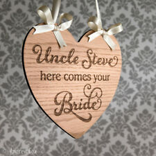 Uncle Here Comes Your Bride Rustic Oak Wedding Signs Photo Prop Decorations 18cm