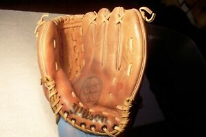 "Vintage Fred Lynn 10"" Youth Size Baseball Glove Wilson Pro Model A2161 RHT"