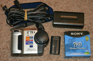 Sony Mavica MVC-FD92 1.6MP Digital Camera - Black & Silver w/ Power Cord & Discs
