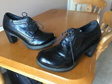 Dr Martens Tiana black leather brogue shoes UK 8 EU 42 kawaii goth punk.
