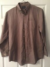 Saddlebred Easy Care Man's Longsleeved Button Up Shirt Size Large 32-33