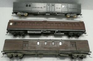 3 X PASSENGER/LUGGAGE  CARS  AUSTRALIAN RAILWAYS, COMPLETED KITS, NEED SOME BITS
