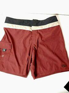 Quicksilver Men's Swim Board Shorts Silver Edition Size 34 (BB)
