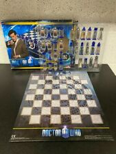 Doctor Who Animated Chess Set and Board Lenticular / Hologram Pieces - Complete