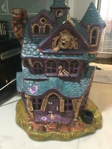 Vtg Ceramic 1970s Haunted House Large Light Up werewolf purple a foot high