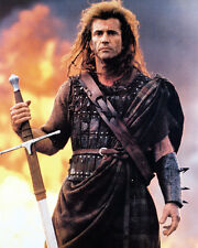 MEL GIBSON BRAVEHEART 8X10 COLOR WITH SWORD & FIRE