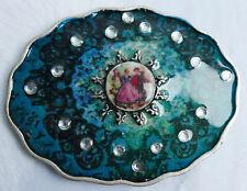 Boucle de ceinture vintage—Métal argenté vieilli émaillé—Médaillon décoré