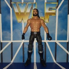 WWE Figurine Seth Rollins puis maintenant Forever Collection