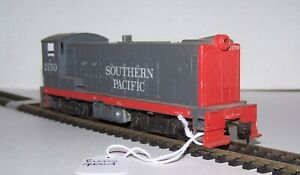 HO Scale #2150 SOUTHERN PACIFIC Switcher Engine Lot B21-82