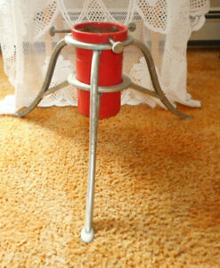 VINTAGE CHRISTMAS TREE METAL TRIPOD STAND HOLDER