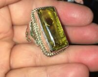 VINTAGE STERLING SILVER MARKED 925 YELLOW GLASS STONE LARGE RING SZ Approx. 7.5
