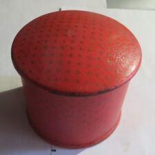 Boîte vide « Caron » rouge