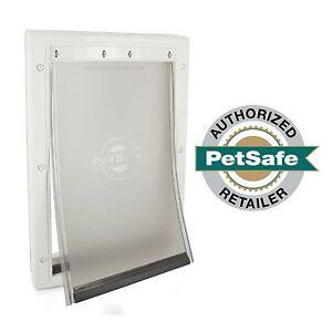 PetSafe Premium Plastic Pet Door White, Medium PPA00-10959