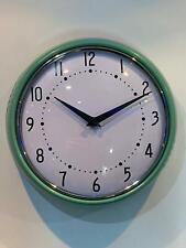 Green Retro Wall Clock 000247