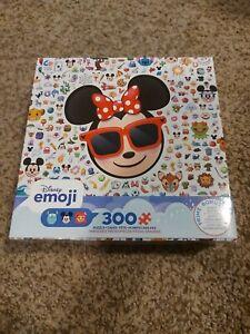 Disney Emoji Puzzle 300 pieces - Complete