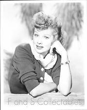 Lucille Ball 8x10 photo E/M 14