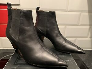 ARKET BLACK LEATHER CHELSEA BOOTS SIZE 40