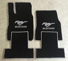 Autoteppich Fußmatten für Ford Mustang Cabrio 2013-14 sw silber Neu 4tlg Velours