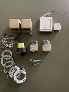 Trutrak Sorcerer Autopilot BUNDLE 3 servos, trim module, 2 AHRS's, Wires Avionic