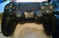 Sony  PlayStation 4 PS4 DualShock Wireless Controller - Black (CUH-ZCT2U)