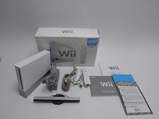 Wii Model RVL-001 Gamecube Compatible All cords 1x Controller + Original box