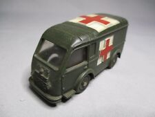 TA097 DINKY TOYS FR MECCANO 1/55 RENAULT R2065 AMBULANCE MILITAIRE Ref 80F