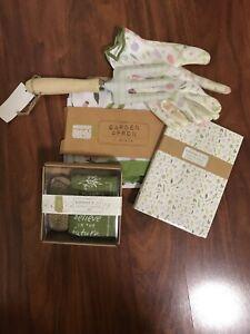 Gardener's Gift Pkg. Apron, Rake Note Set, Gloves, Towel & Scrub Brush, (A1)