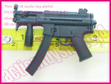 1/6 Scale Hot Toys Resident Evil: Afterlife Alice - machinegun