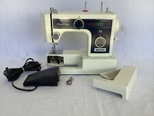 Necchi Royal Series Sewing Machine 3205FA w/ Foot Pedal Nice Works