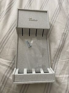 New CUTCO 4-Piece Steak/Table Knife Set Tray - Light Grey