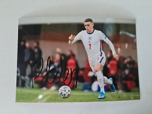 """Phil Foden #7 Manchester City - Personally Hand Signed England 6""""x4"""" Photograph"""
