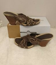 Clarks women's leather block heel sandals size 7