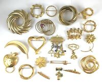 Lot of 21 Vintage Modern Brooches gold toned