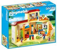 Escuela Guarderia Playmobil City 4 Figuras y Accesorios (5567) pizarra reloj etc