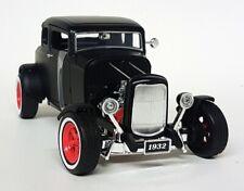 Greenlight 1/18 Scale - 1932 Ford Custom Hot Rod - Matt Black Diecast Model Car