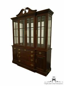 """STANLEY FURNITURE Cherry Traditional Style 69"""" Lighted China Cabinet 50511-24/04"""